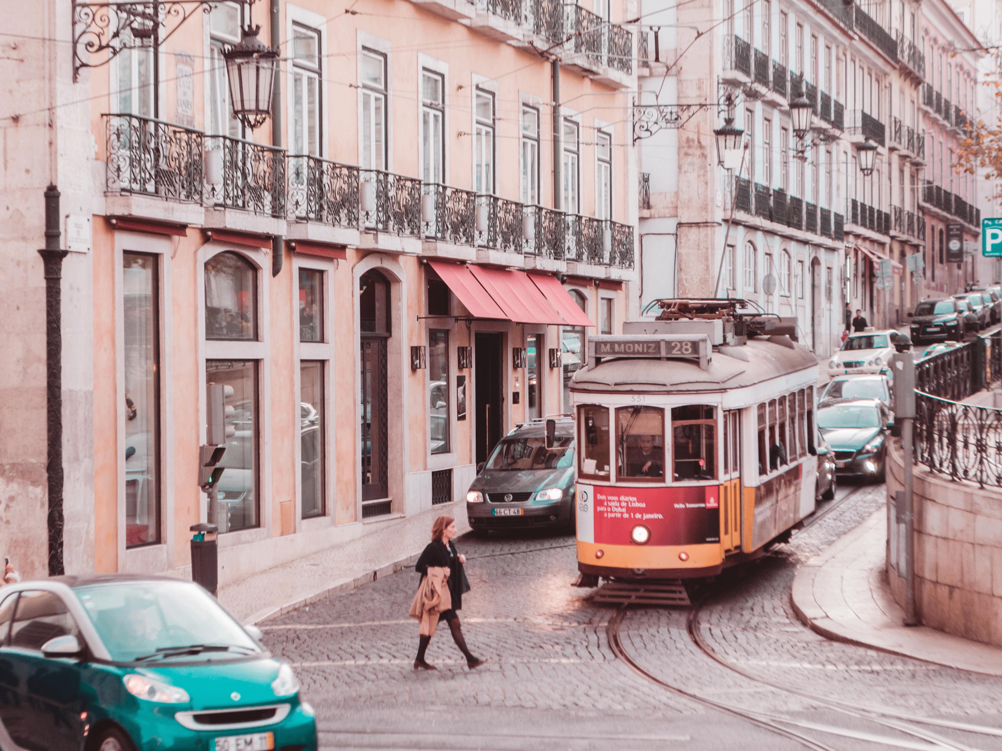 不用出國依然可以旅行:如何在家感受出國度假的感覺|旋轉拍賣