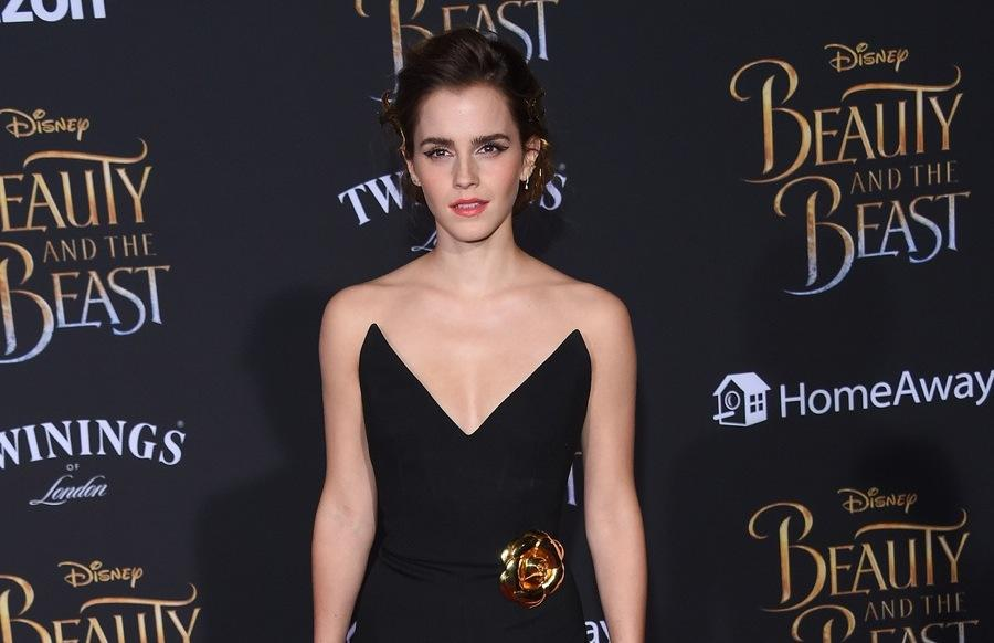 Emma Watson - Green Carpet sustainable fashion.jpg